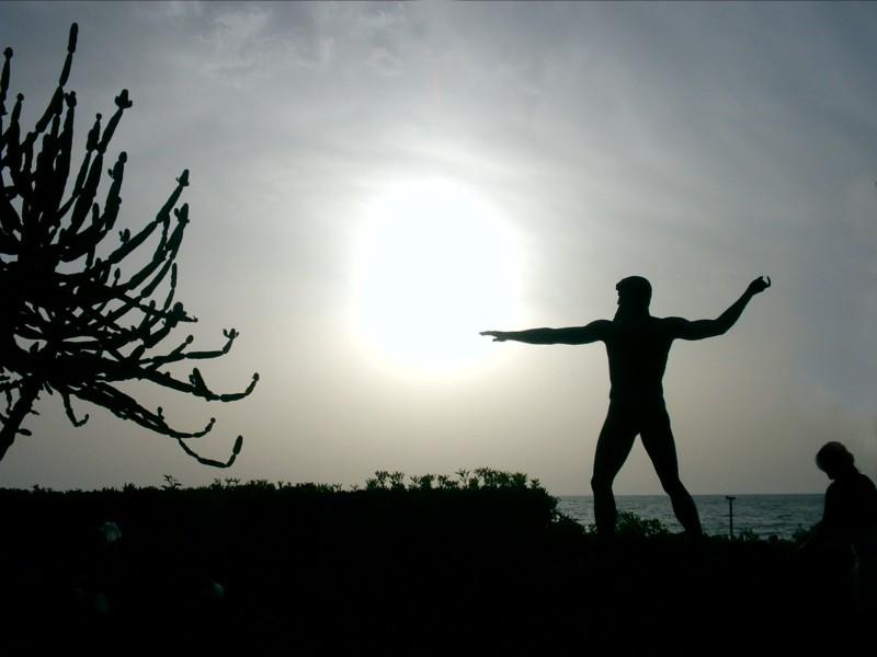 Agosto 2007, statua deil dio Nettuno a Forio, isola d' Ischia
