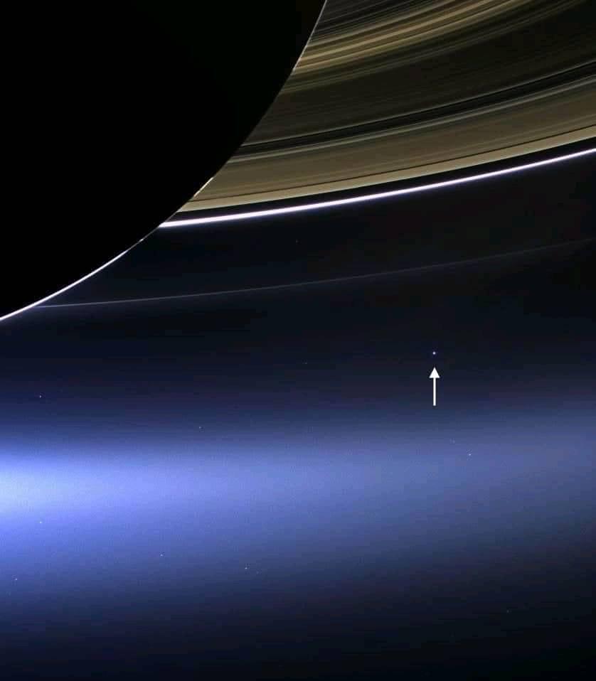 La Terra vista dalla sonda Cassini